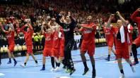 Dinamarca aplasta a Francia con un Hansen excelso y espera rival en la final