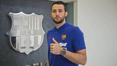 Aitor Ariño renueva hasta 2021 con el Barcelona