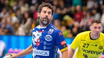 Juanín García seguirá una temporada más en el Ademar León