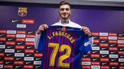 Ludovic Fabregas presentado como nuevo jugador del Barcelona Lassa