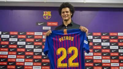 El Barcelona Lassa presenta a Thiagus Petrus como nuevo jugador hasta 2020