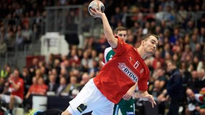 Casper Mortensen sigue tocado de su rodilla izquierda