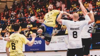 Bidasoa Irun y Dan Racotea acuerdan la rescisión del contrato del lateral rumano